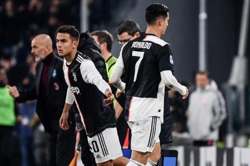 Ronaldo entrena con normalidad en una selección portuguesa con muchas bajas