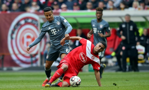 Coman permite que el Bayern se mantenga líder