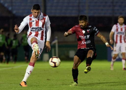 Uruguayo River y Colón de Argentina firman un 0-0 en ida de segunda fase de Sudamericana
